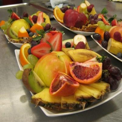 Fruktfat med mye godt